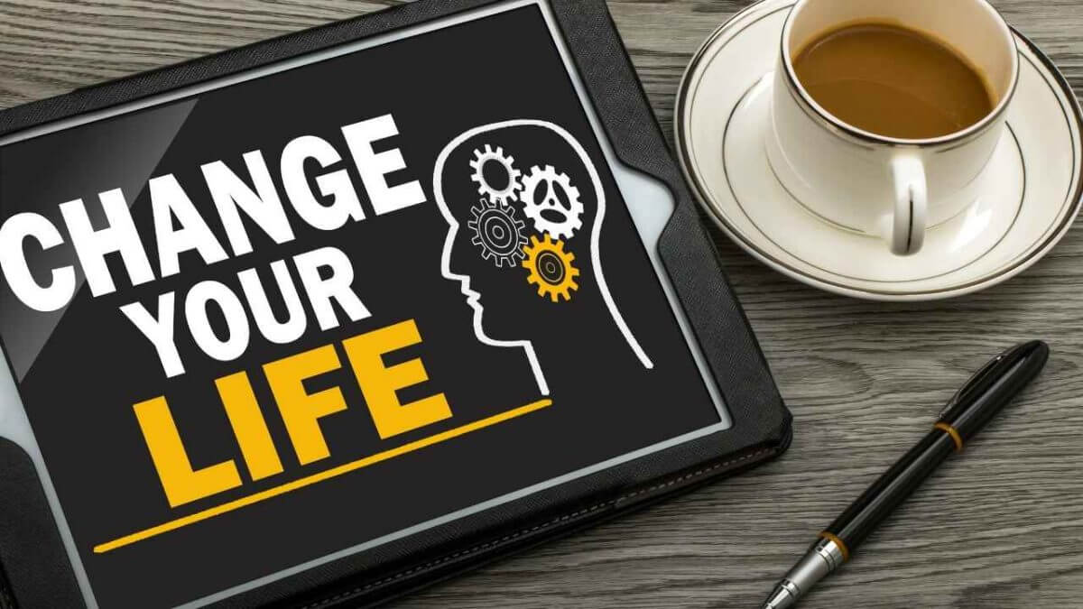 How to change your life with only 5 minutes a day? In this post, you will discover ideas and toosl to help achieve what you want with only 5 minutes a day.